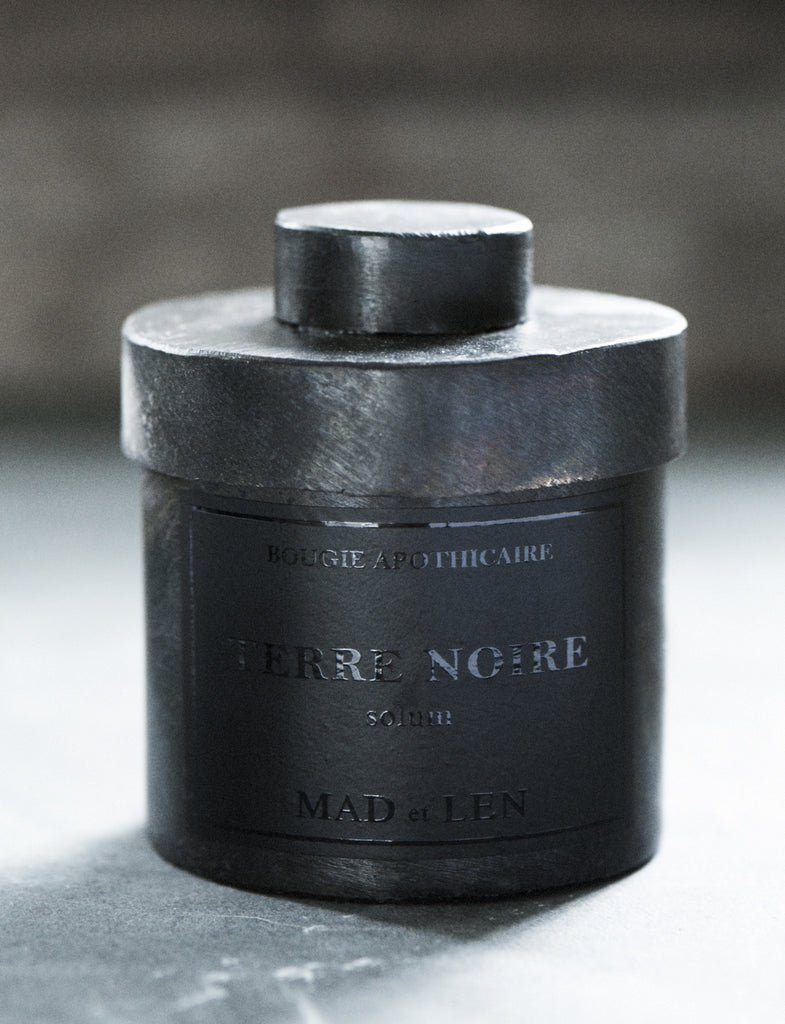Terre Noire // Blacksmith Collection // Bougie Apothicaire