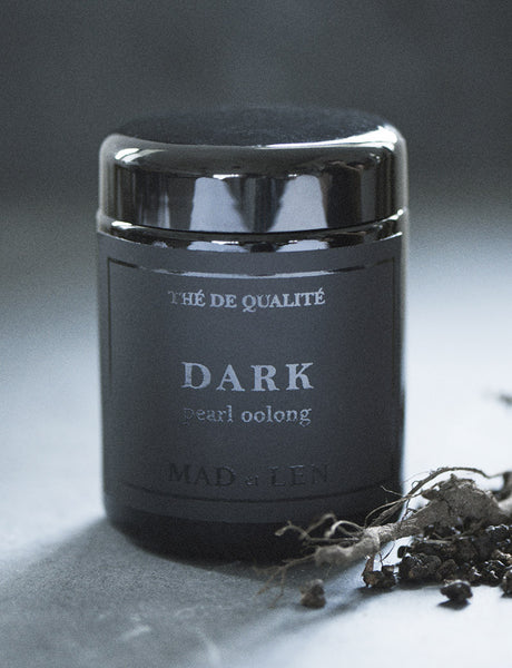 Thé // Dark Pearl Oolong
