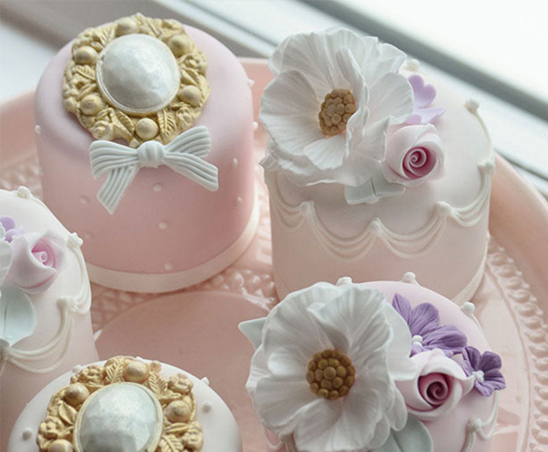 mini wedding cakes delivered cotton and crumbs wedding cakes west midlands cotton 17424