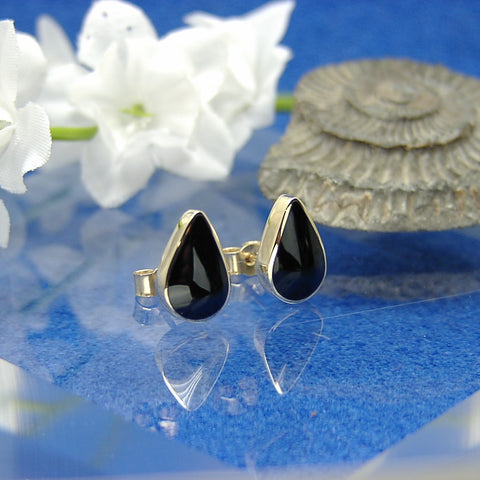 Lge Teardrop 9ct stud