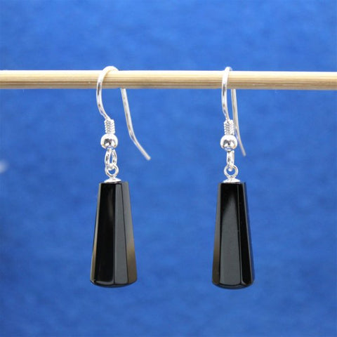 Jet drop earrings 01