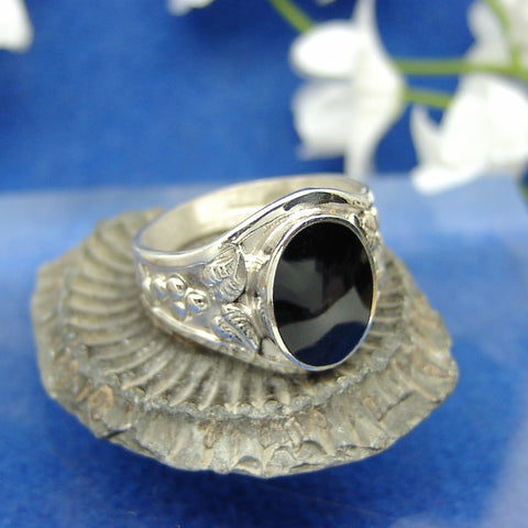 Mens 4 leaf ring