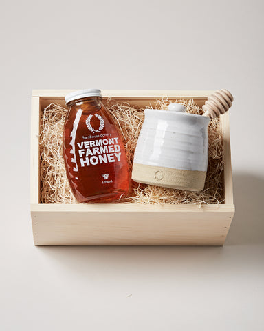 Honey & Beehive Honey Pot Gift Set