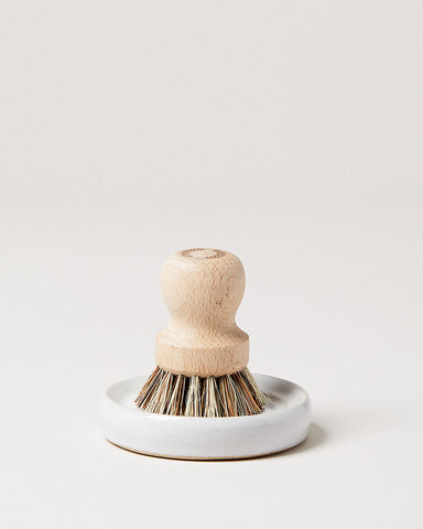 Laurel Pot Brush Set