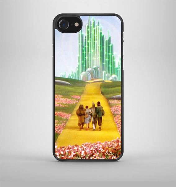Emerald City the Wizard Of OZ iPhone 7 Case Avallen