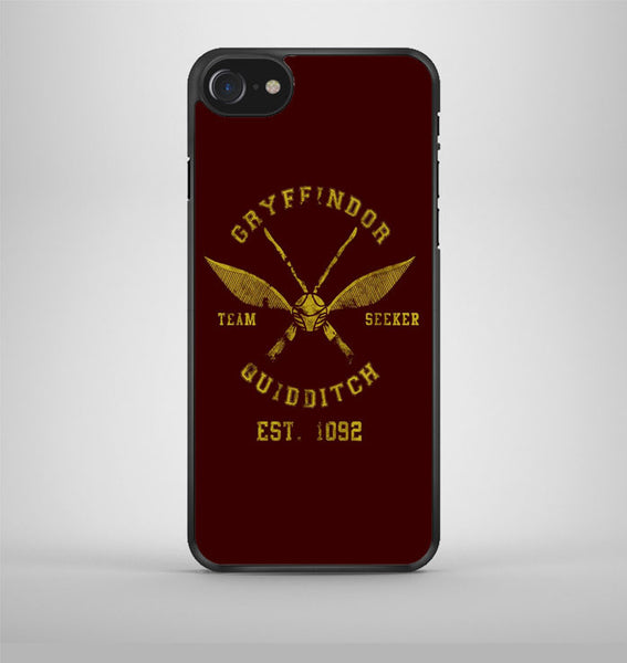 Gryffindor School Crest iPhone 7 Case Avallen
