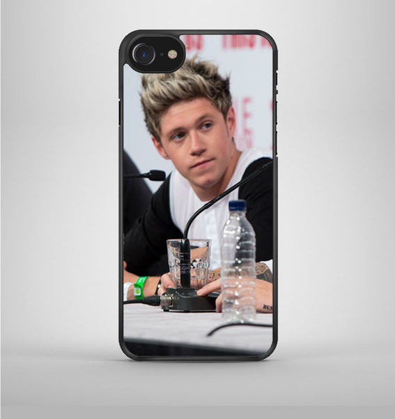 Niall Horan iPhone 7 Case Avallen