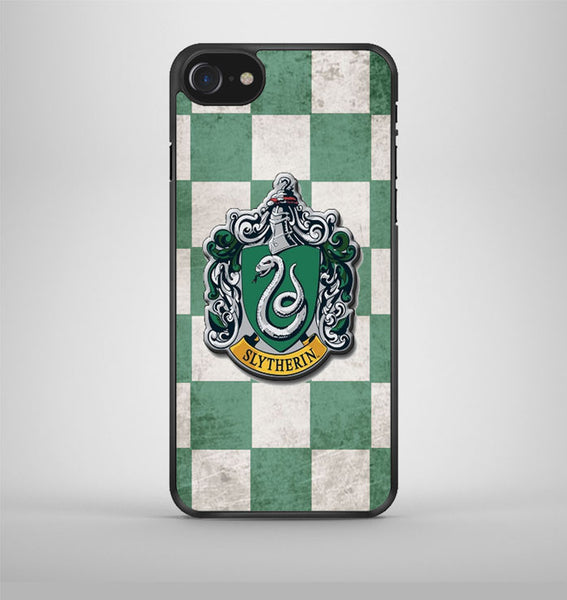 Slytherin Crest iPhone 7 Case Avallen