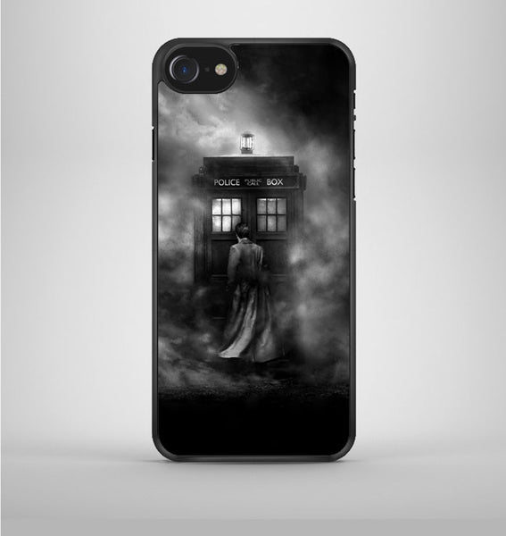Tardis Doctor Who Bw iPhone 7 Case Avallen