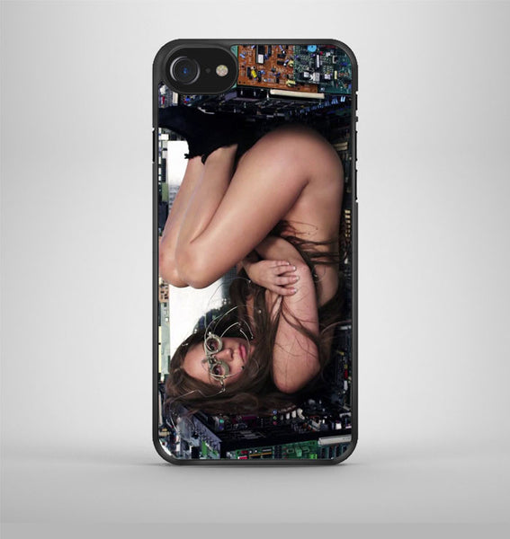 Lady Gaga Nude iPhone 7 Case Avallen