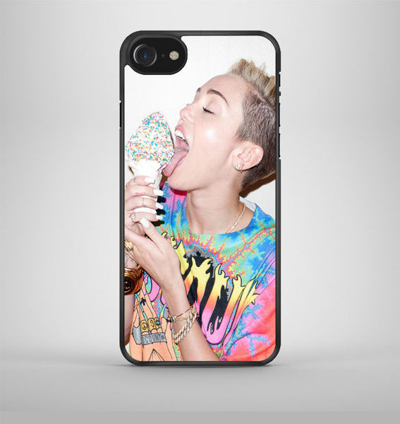 Miley Cyrus Photo collage iPhone 7 Case Avallen
