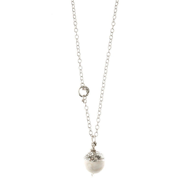 NCHAC3-W | WHITE SHELL ACORN ON CHAIN