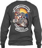 T-shirt - Only A Biker Knows Why A Dog Sticks His Head Out