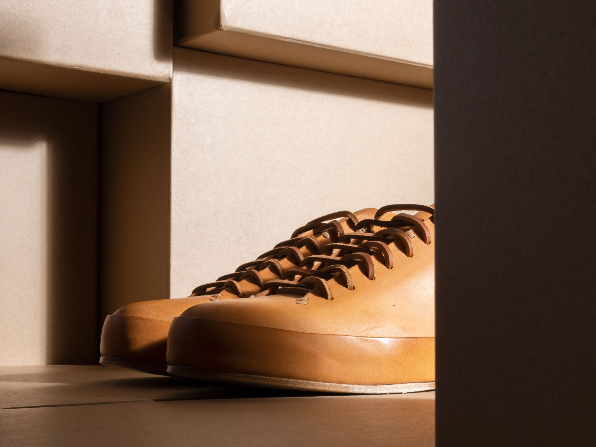 feit natural leather hand-sewn low