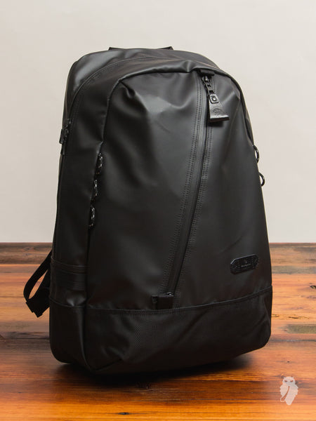 Slick Backpack in Black