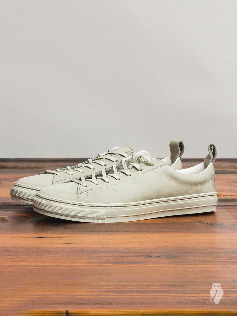 Bull Terrier Low Top Sneaker in Grey Nubuck