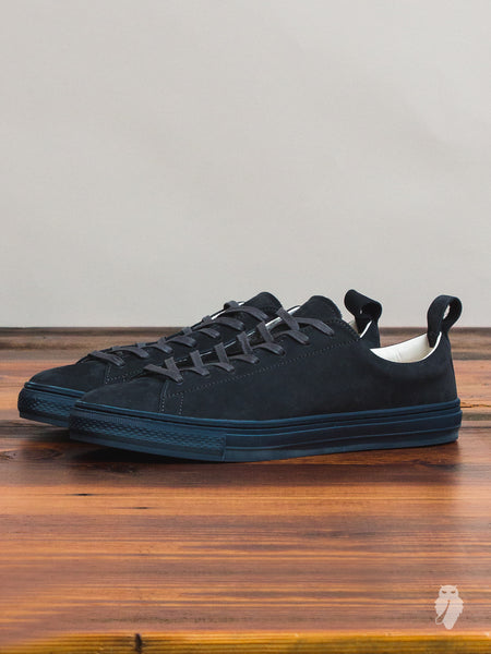Bull Terrier Low Top Sneaker in Navy Nubuck