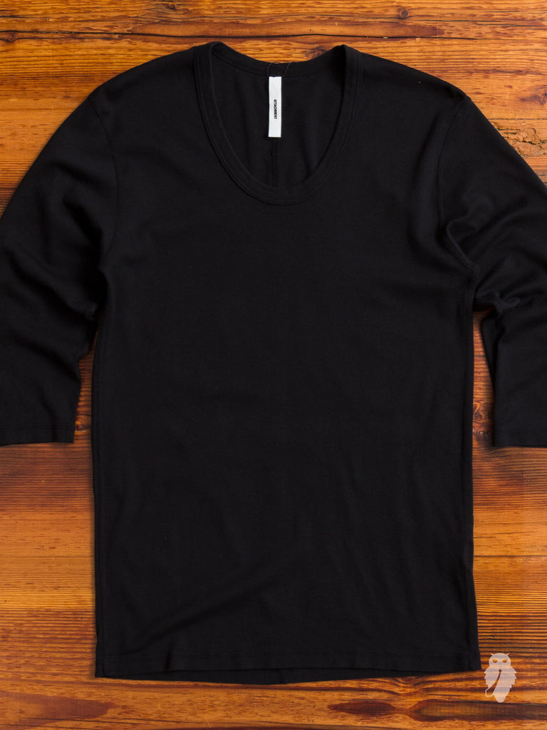 Half Sleeve T-Shirt in Black