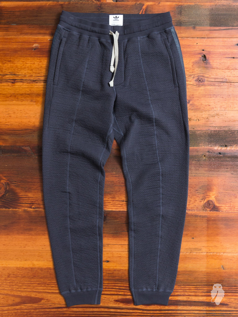 Cabin Fleece Sweatpant in Night Grey