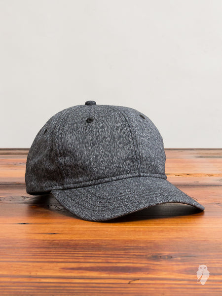Static Twill 6-Panel Hat in Marled Black
