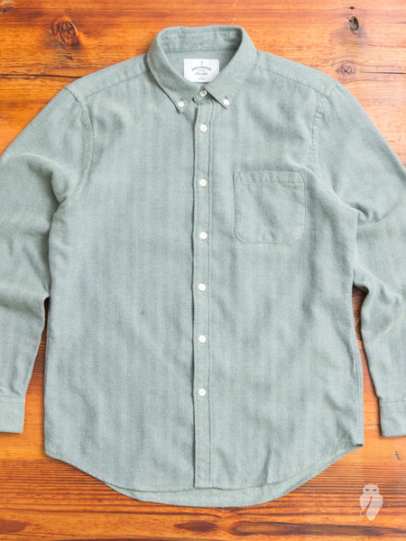 Espiga Button-Down Shirt in Sage