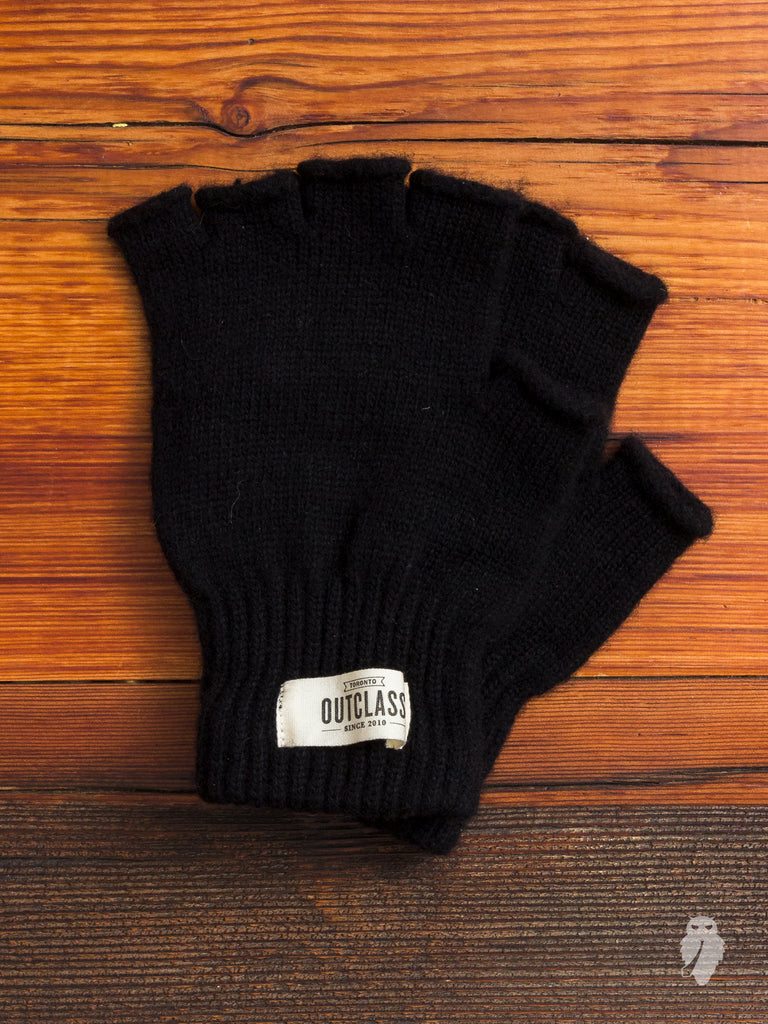 Fingerless Wool Gloves in Black