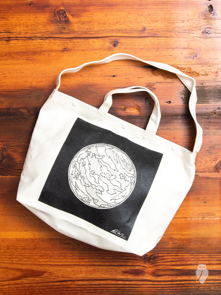 Graphique Tote Bag in Planet