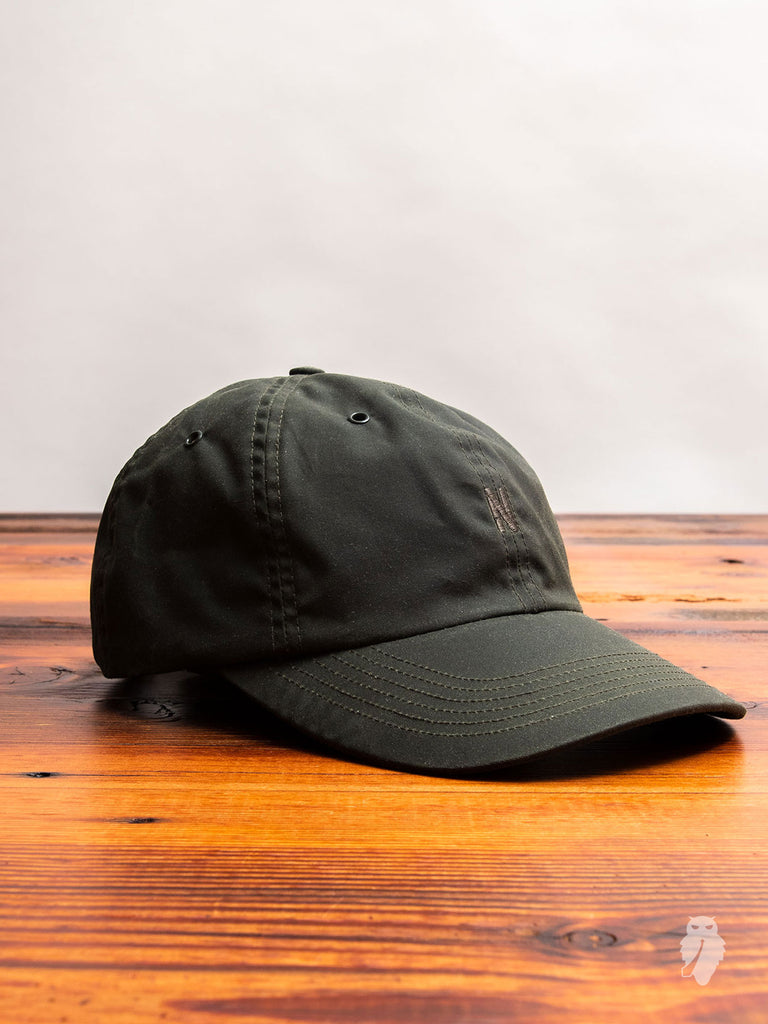 Waxed Sports Cap in Ivy Green