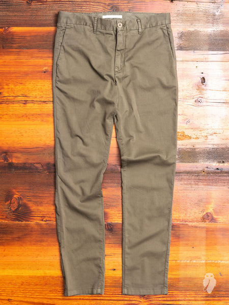 Aros Slim Light Stretch Chino in Ivy Green