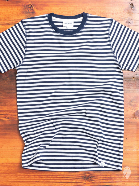 Niels Stripe T-Shirt in Dark Navy