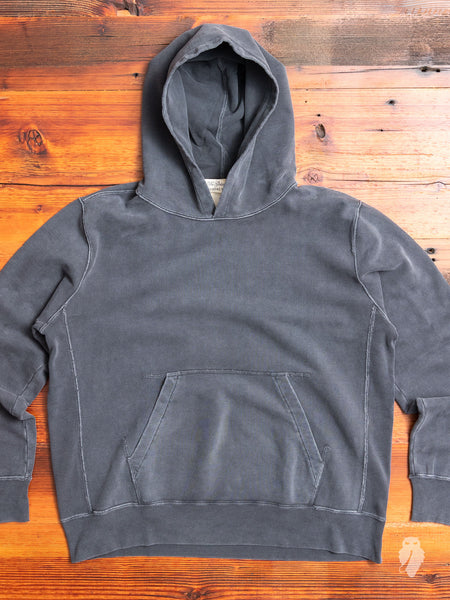 Pullover Hoodie in Washed Black