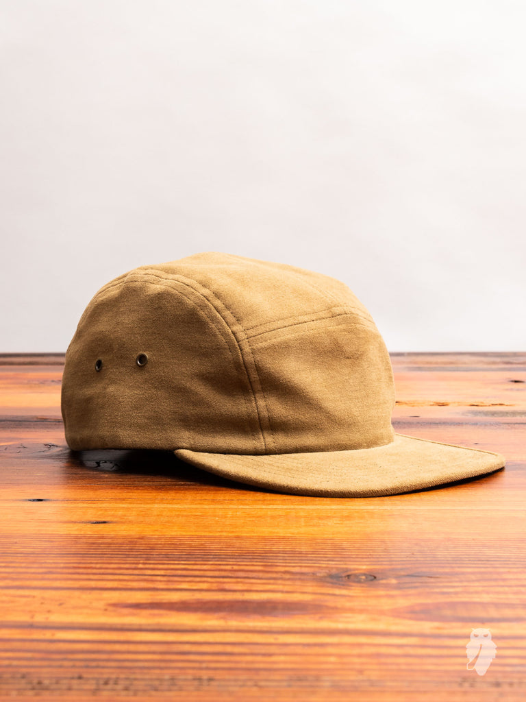 Moleskin 5-Panel Cap in Camel