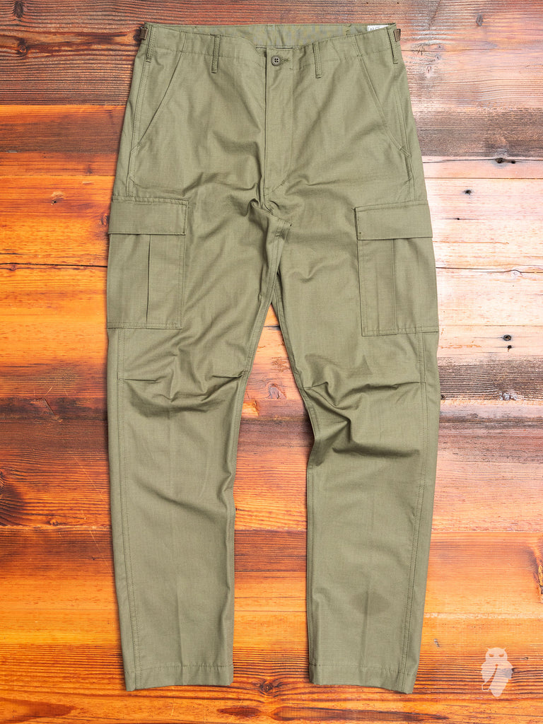 6-Pocket Cargo Pants in Army