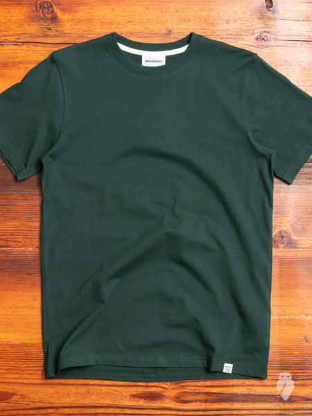 Niels Standard T-Shirt in Bottle Green