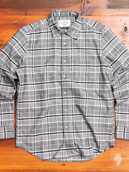 Siberia Button-Up Shirt in Black