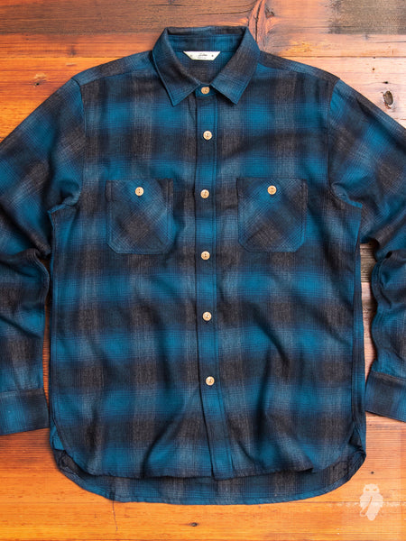 Utility Shirt in Navy Black Ombre