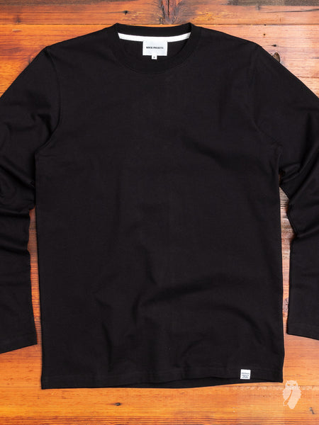 Niels Standard Long Sleeve in Black
