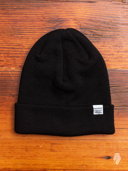 Norse Top Beanie in Black