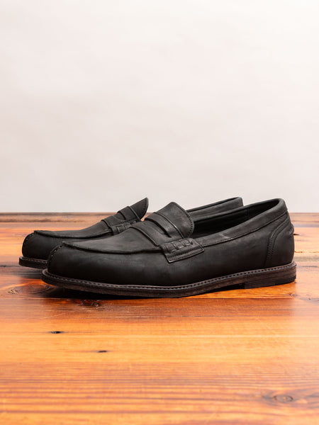 Slouchy Loafers in Black