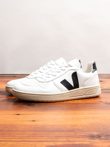 V-10 Sneaker in Extra White Black