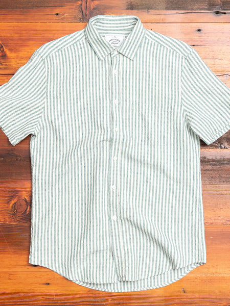 Beach Cabin Button-Up Shirt in Green