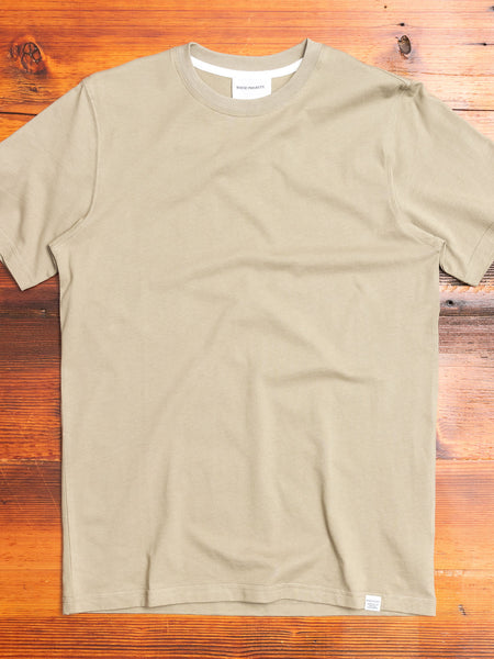 Niels Standard T-Shirt in Washed Kelp