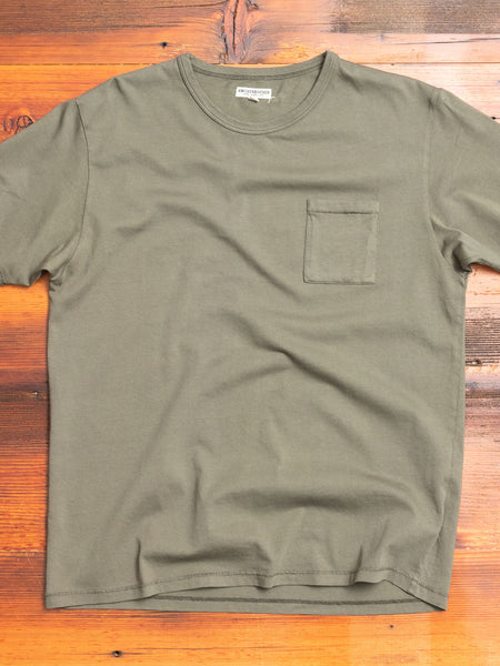 The Pocket T-Shirt in Olive
