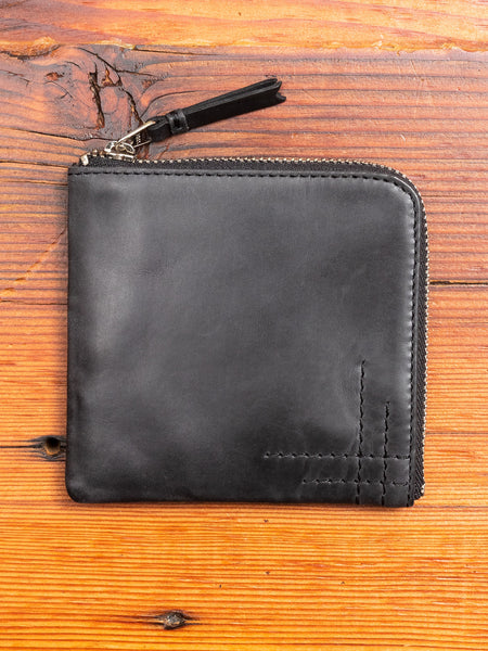Zip Wallet in Black Cowhide