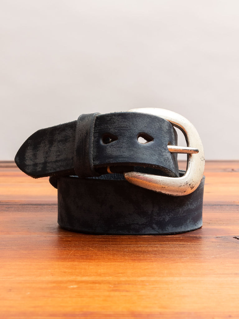 6210 Wild Leather Belt in Dark Navy