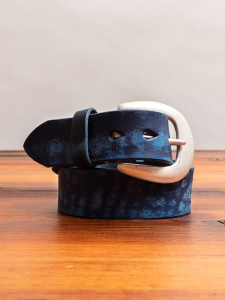 6210 Wild Leather Belt in Navy