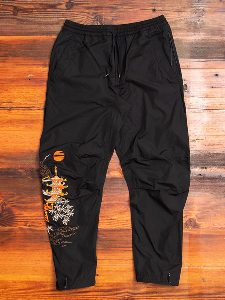 Crane Woven Trackpants in Black