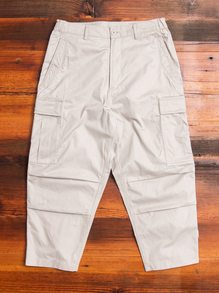 Cropped Cargo Pants in Stone