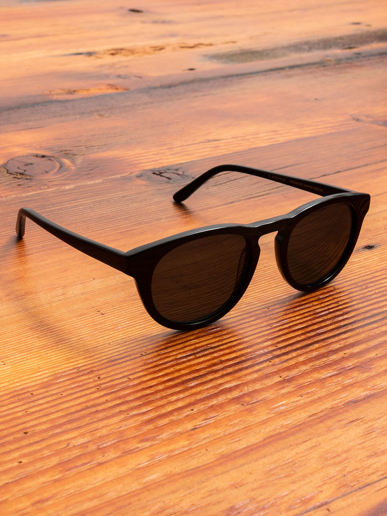 """Timeless"" Sunglasses in Black"