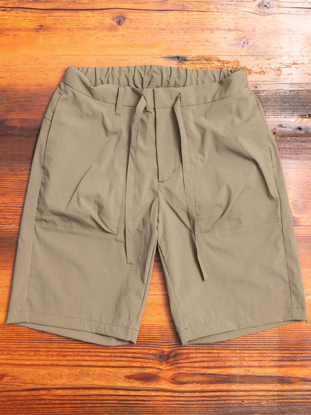 Relaxed Shorts in Olive